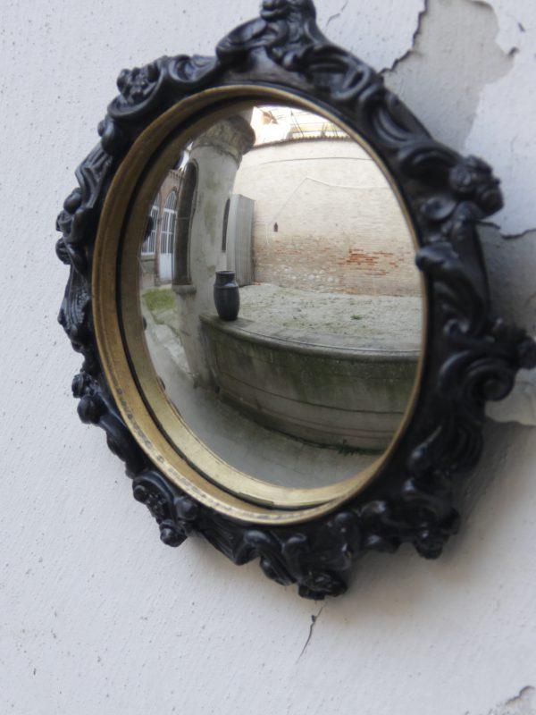 specchio con volute